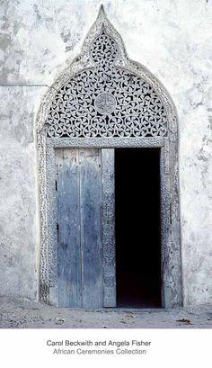 Traditional Islamic wooden door, carved with floral motifs in Arabic style, Mogadishu, Somalia. Grand Entrance, Entrance Doors, Doorway, Cool Doors, Unique Doors, Door Knockers, Door Knobs, Porte Cochere, Islamic Architecture