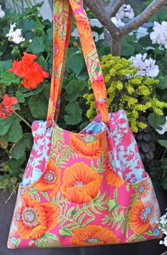 Quilternity's Place: Multi-Tasker Tote...