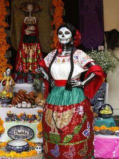 Celebrando a la Muerte en Puebla, Revive tus Tradiciones