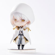 """""""Are you surprised to see someone like me so soon?""""  From the popular browser game Touken Ranbu -Online- comes a Nendoroid of the sword warrior who loves surprising people, Tsurumaru Kuninaga! He comes with three different expression parts including his standard expression, a combat expression as well as a playful laugh for whenever he successfully surprises someone! Like the previous Ne... #tokyootakumode #figure #Touken_Ranbu #Tsurumaru_Kuninaga"""