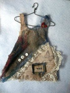 precious little dress on a tiny hanger Art Fibres Textiles, Textile Fiber Art, Paper Dolls, Art Dolls, Sculpture Textile, Handmade Dresses, Little Dresses, Fabric Art, Altered Art