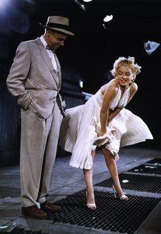 The Seven Year Itch 11x17 Movie Poster (1955)