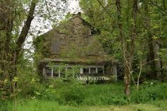 Forgotten and abandoned home back roads of NY of hwy 14 #abandoned #explore | by amabileuno