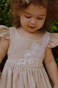 Lace Applique Cotton Muslin Toddler Dress Handmade by Papoose Clothing Toddler Dress, Baby Dress, Toddler Girl, Little Girl Dresses, Flower Girl Dresses, Vintage Girls Dresses, Sailor Scouts, Toddler Fashion, Kids Fashion
