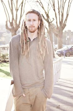 Ginger Dreads This is my boyfriend. White Dreads, White Men With Dreads, Red Dreads, Dreadlock Mohawk, Dreadlock Hairstyles For Men, Beautiful Men, Beautiful People, Hippie Hair, Ginger Men
