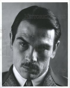 Tommy Lee Jones as Howard Hughes Hollywood Men, Golden Age Of Hollywood, Hollywood Stars, Classic Hollywood, Lonesome Dove, Tommy Lee Jones, Howard Hughes, You Make Me Laugh, Actor Picture