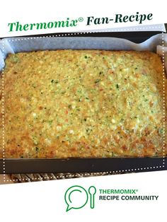 Zucchini Slice by Jen_Cousens. A Thermomix ® recipe in the category Baking – sa… Zucchini Slice Thermomix, Thermomix Recipes Healthy, Zucchini Bites, Healthy Cooking, Healthy Snacks, Vegetarian Recipes, Slice Recipe, Savoury Slice, Gluten Free Recipes