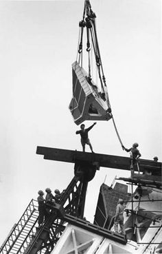 Placing roof section, Sydney Opera House – 1965