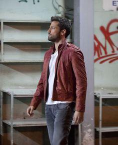 Greek Men, Leather Jackets, Singers, Facial, Men's Fashion, Handsome, Hair, Outfits, Men