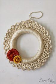 Love City: crochet love {crochet wreath}