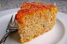 Mandel - Möhren Kuchen mit Apfel
