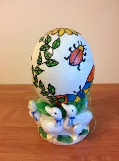 Witrażowe jajo