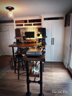 Industrial style desk ~ reveal 2/3