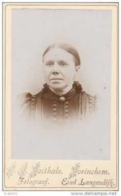 Foto (CDV) dame door J.C. Goethals - Gorinchem