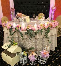 Aranjamente florale Bistrita, aranjamente florale nunta Bistrita, buchet mireasa Bistrita, aranjamente florale botez Bistrita, aranjamente florale prezidiu Bistrita, aranjamente florale mese Bistrita, aranjamente florale lumanari Bistrita, gheata carbonica Bistrita, balon Jumbo Bistrita, baloane heliu Bistrita, decoratiuni baloane Bistrita, decoratiuni evenimente Bistrita, decoratiuni petreceri Bistrita, aranjamente mese Bistrita, baloane cu heliu Bistrita, aranjamente mese din baloane…
