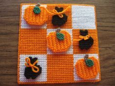 Plastic Canvas Halloween Tic Tac Toe