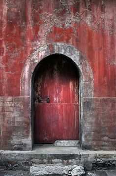 The Red Door by Heather Prince ( Hartkamp )-aken at the Summer Palace in Beijing.