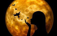 Lunas enteras Triángulos cuadrados semicírculos y círculos Estrellas cuadros medias lunas y lunas enteras Brillar guardar remar y alumbrar Luz...