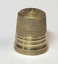 VINTAGE 10K YELLOW GOLD METAL SEWING THIMBLE