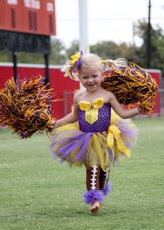 @Hanna Åberg Åberg Bounds   For your next kid if its a girl.... Minnesota Vikings Sports Fan Tutu Outfit