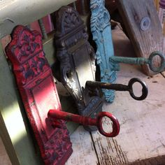 Vintage Key Wall Decor!-- would be adorable as towel hooks in my bathroom