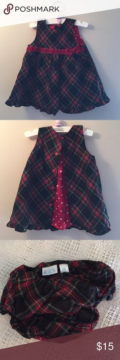 EUC The Children's Place Holiday Christmas Dress Only worn once. With briefs. Children's Place Dresses Formal