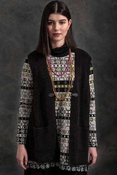 Gudrun, Happy Women, That Look, Women Wear, Model, Sweaters, How To Wear, Clothes, Collection