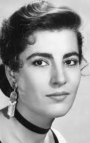 Irene Papas Irene Papas, Divas, Female Movie Stars, Western Film, Western Movies, Non Blondes, Greek Beauty, Iconic Women, Blonde Beauty