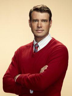 Scott Foley is so damn fine...Love him in Scandal!