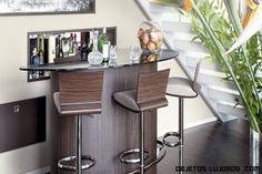 diseños de bares para la casa - Buscar con Google Bar Counter, Corner Desk, Table, Room, House, Furniture, Apartments, Google, Theater