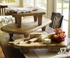 Tablas de madera rústica para servir alimentos