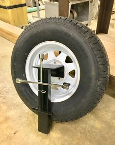 Spare tire holder fits in trailer stake pocket , Spare tire holder fits in trailer stake pocket , Spare tire holder fits in trailer stake pocket. Equipment Trailers, Flatbed Trailer, Dump Trailers, Cargo Trailers, Utility Trailer, Camping Trailers, Work Trailer, Off Road Trailer, Trailer Plans