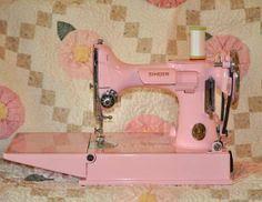 PINK Singer Featherweight Sewing Machine!!!