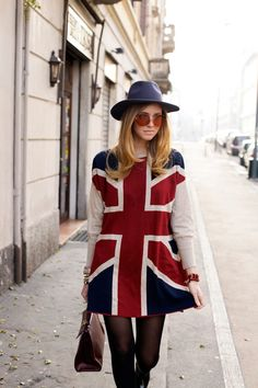 Union Jack Dress. This would look awful on me but it like it.