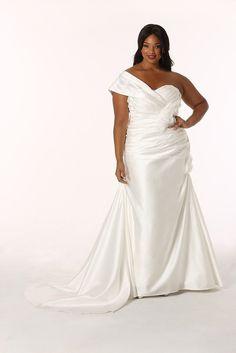 Plus Size Wedding Dress www.madisionplusselect.com and www.realsizebride.com