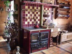 Une belle cuisinière à bois!