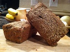 For all the grain-free, low-carb or Paleo folks out there, this is a great flaxseed bread recipe to. Primal Recipes, Gluten Free Recipes, Low Carb Recipes, Cooking Recipes, Diet Recipes, Sugar Free Bread, Grain Free Bread, Best Paleo Bread Recipe, Bread Recipes