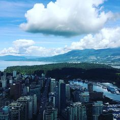 LIFESTYLE | Do you know what park this is?  Photo: Trump International Hotel & Tower Vancouver  @trumpvancouver @trumphotels  #holborngrp #vancouver #vancity #downtownvancouver #park #nature #trees #woods #englishbay #burrardinlet #seawall #robsonstreet #westgeorgia #britishcolumbia #bc #yvr #westerncanada #canada #westcoast #northamerica #pacificnorthwest #coalharbour #realestate #bcrealestate #beautifulbc #travel