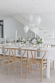 What a gorgeous table setting for a small wedding ~ via stylizimoblog