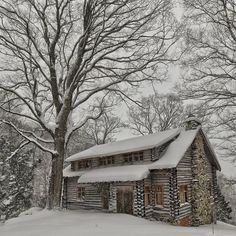 51 Silent Home Decor Cozy Winter Cabin - Home Decor Ideas Log Cabin Kits, Log Cabin Homes, Log Cabins, Winter Cabin, Cozy Cabin, Cozy Winter, Winter Snow, Cabana, Log Home Decorating