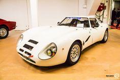 #Alfa_Romeo #TZ au salon Auto Moto Retro Dijon. Reportage complet : http://newsdanciennes.com/2016/03/19/grand-format-a-lauto-moto-retro-dijon/ #ClassicCar #Voiture #Ancienne #Vintage