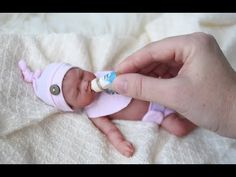 Feeding and Bedtime for Miniature Silicone Baby Pennie Small Baby Dolls, Real Life Baby Dolls, Realistic Baby Dolls, Cute Baby Dolls, Baby Girl Toys, Reborn Baby Girl, Bb Reborn, Reborn Toddler Dolls, Newborn Baby Dolls