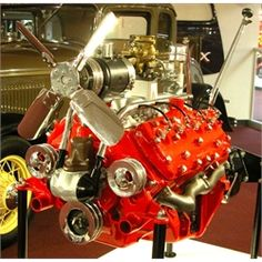 Ford Flathead V-8 Factory Cutaway, 21-Stud Head - Museum of American Speed