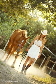 Girl and her horse senior photo
