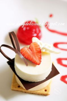 Food presentation | dailydelicious: Jardin d'amour: White chocolate, caramel and berry plate dessert