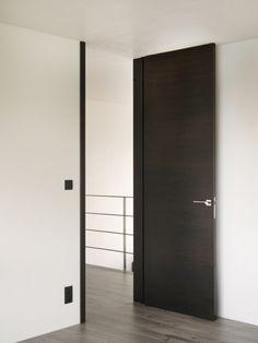 Nordex puerta interior puerta giratoria modern by GFV 0 madera - Lilly is Love Arch Interior, Room Interior, Interior Design Living Room, Interior Architecture, Porte Design, Flur Design, House Doors, Black Doors, Bedroom Doors