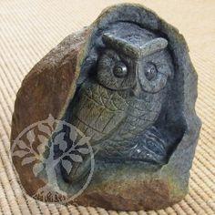 Dumortierit Owl Gemstone Shape