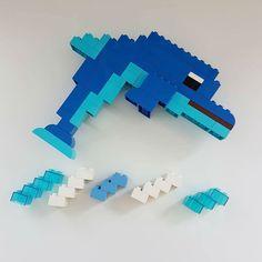 Here you can see a dolphin made of LEGO® Duplo that takes us from BRICKaddict. Lego Minecraft, Lego Moc, Lego Disney, Lego Duplo Animals, Lego Hacks, Lego Studios, Modele Lego, Lego Challenge, Infant Activities