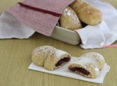 Brioche alla marmellata di ciliegie, ricetta senza burro Doughnut, Hamburger, Keto, Bread, Cookies, Desserts, Panini, Croissant, Food