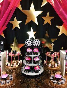 Hollywood Fiesta Celebridad premios VIP puerta bandera signo Prop Decoración